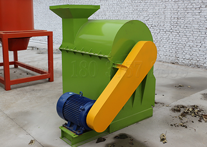 Fertilizer crushing machine for making fertilizer powder